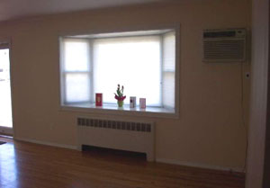 East Northport House Rental - Living Room - RENTED