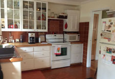Huntington House Rental - Eat-in Kitchen - RENTED